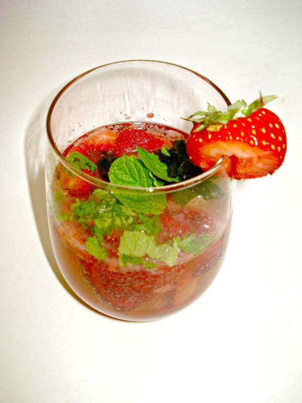 Strawberry Mojito  | 1924 London