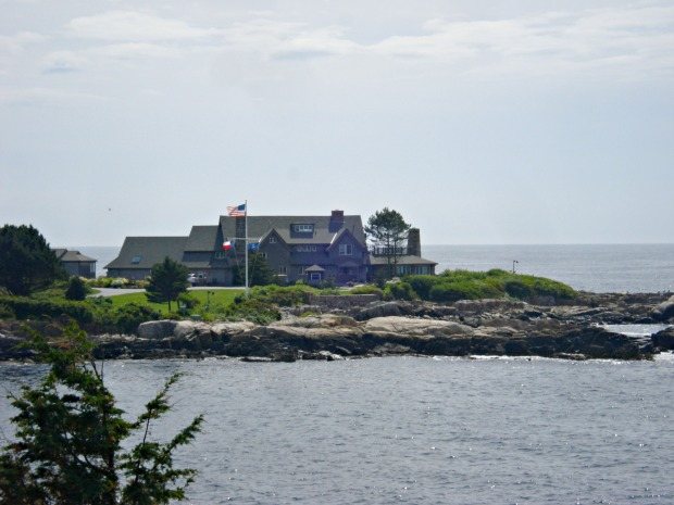 Bush Family Home in Kennenbunkport Maine  | 1924 London