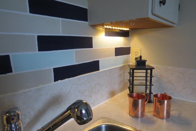 DIY Undermounted Lighting