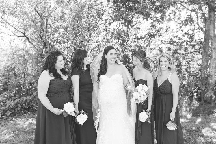 Navy bue bridal party